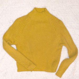 Yellow slight turtle neck sweater!